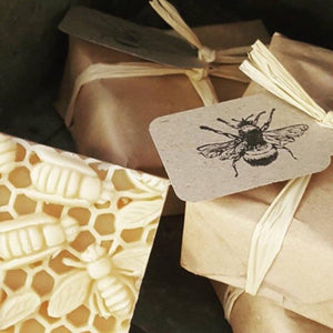Manuka Honey Soap - Earths Tribe