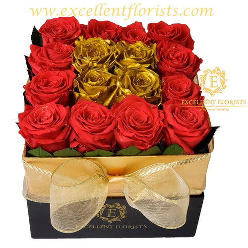 Christmas 18 Preserved Roses in a luxury box