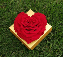 Load image into Gallery viewer, Red Heart Rose Excellent Florists