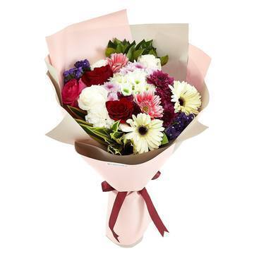 Multicolor Flowers Bouquet with Greenery * VASE NOT INCLUDED