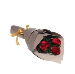 Three Roses Bouquet with Greenery * VASE NOT INCLUDED