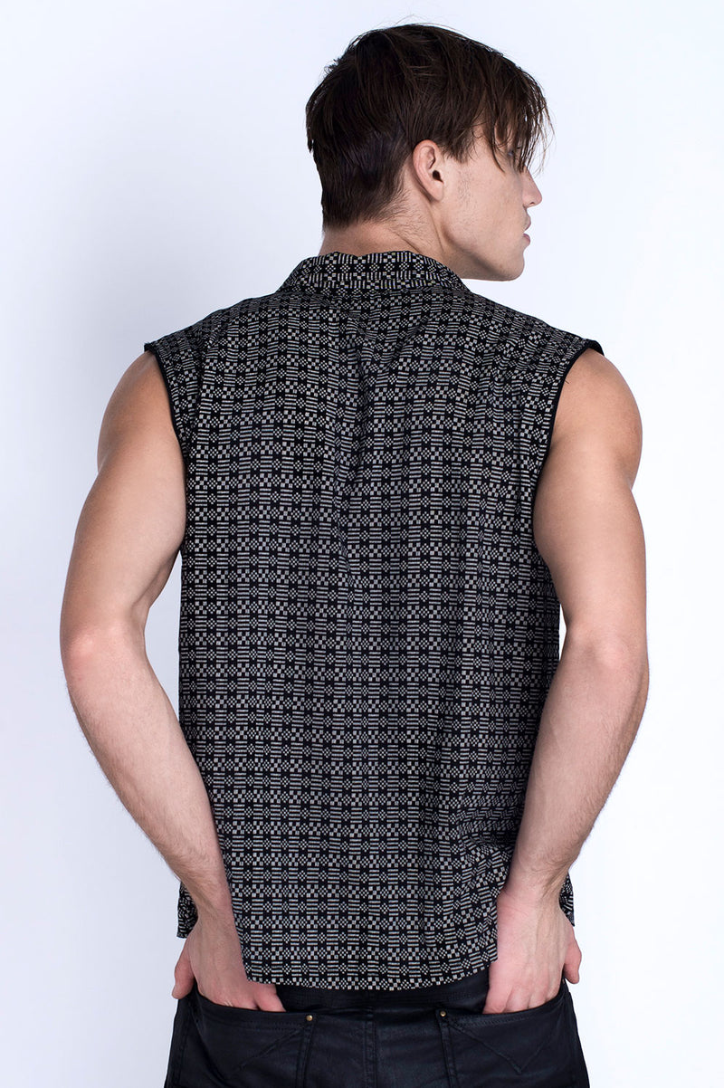 BLACK WILLOW SLEEVELESS