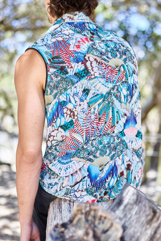 PARADISE BLUE SLEEVELESS