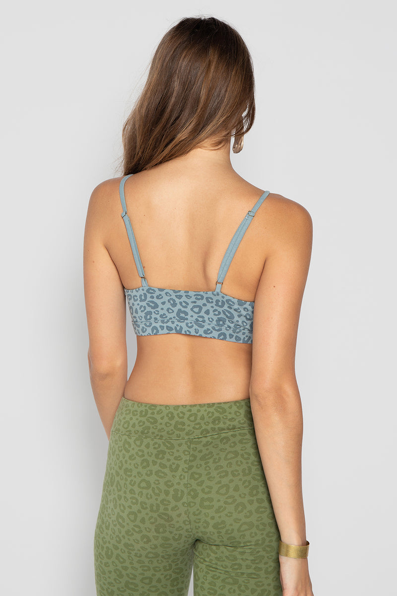 LISA YOGA TOP BLUE