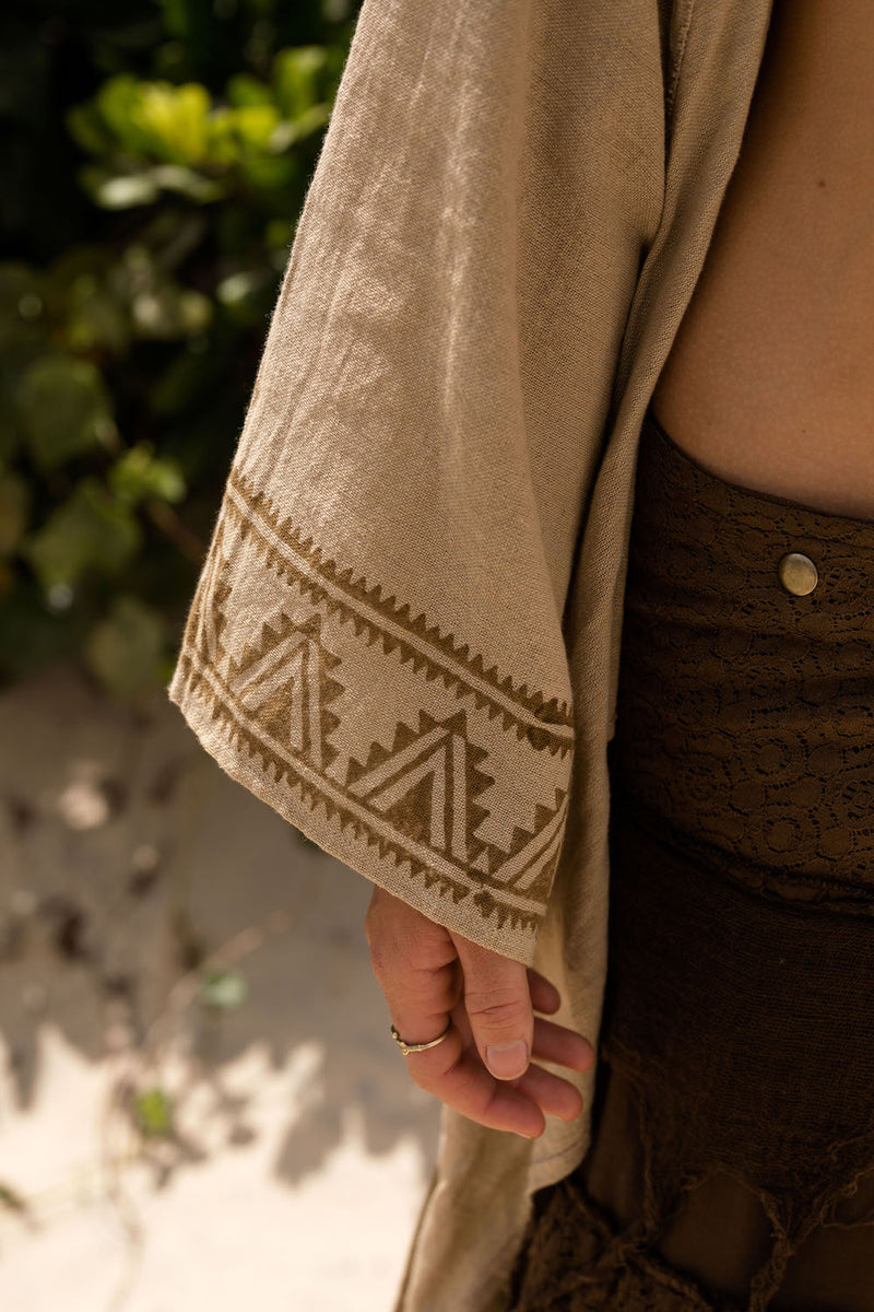TRIBAL WRAP TOP