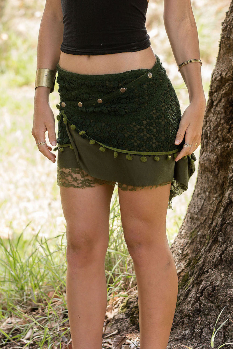 FUNKY LACE MINI SKIRT IN GREEN