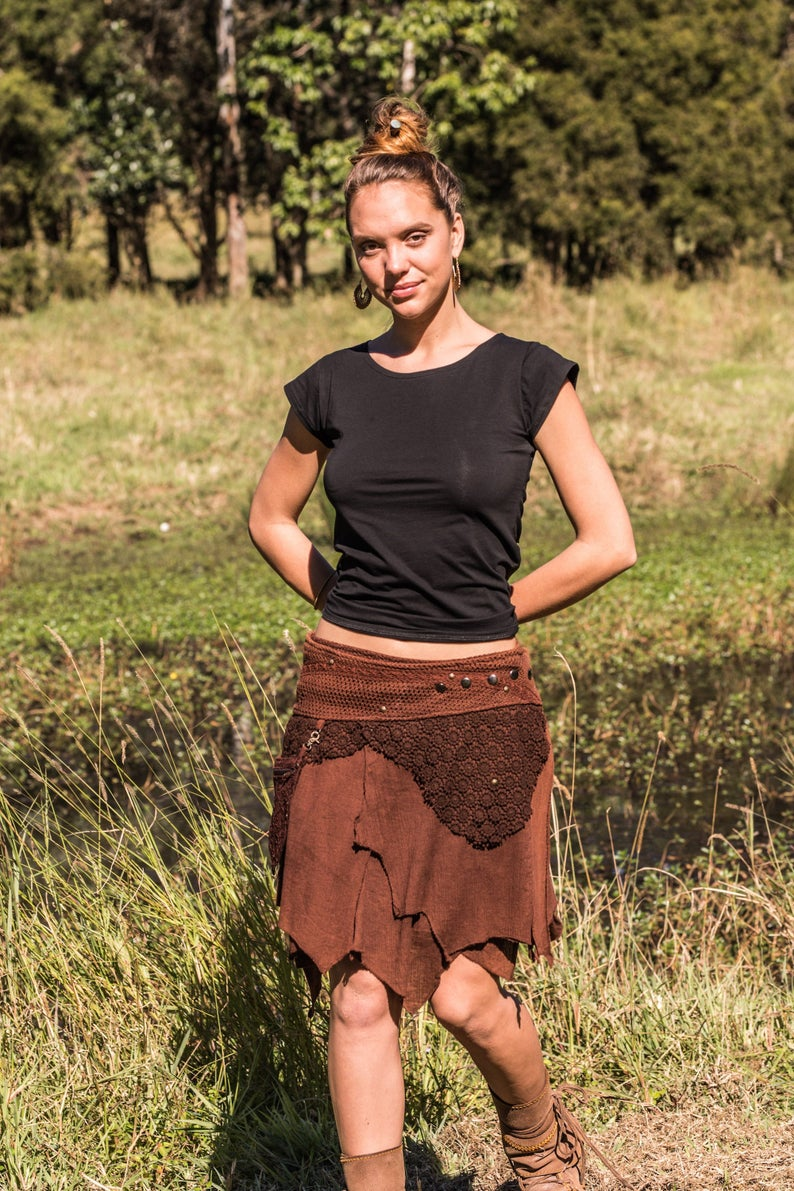 PIXIE SKIRT WITH POCKET in BROWN