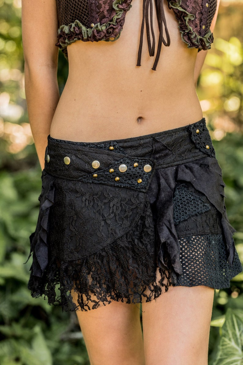 CYBERPUNK SKIRT IN BLACK