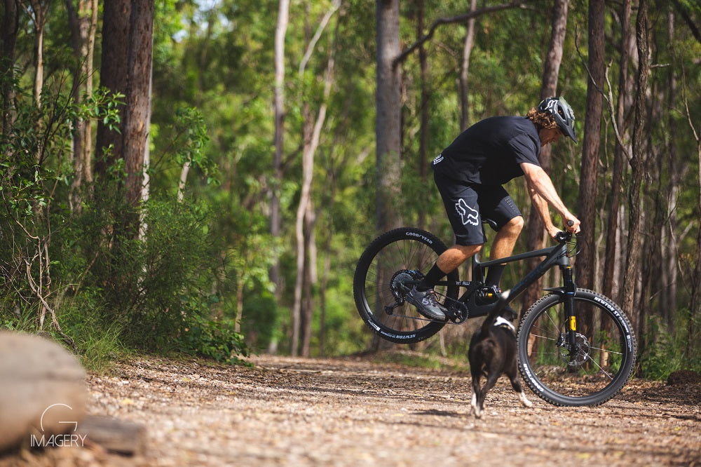 Solo mountain bike riding advice Brisbane For The Riders MTB store