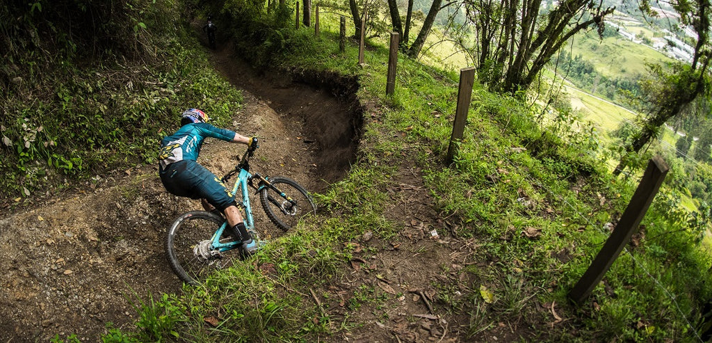 Why mountain bikers should wear a bib for the riders Brisbane