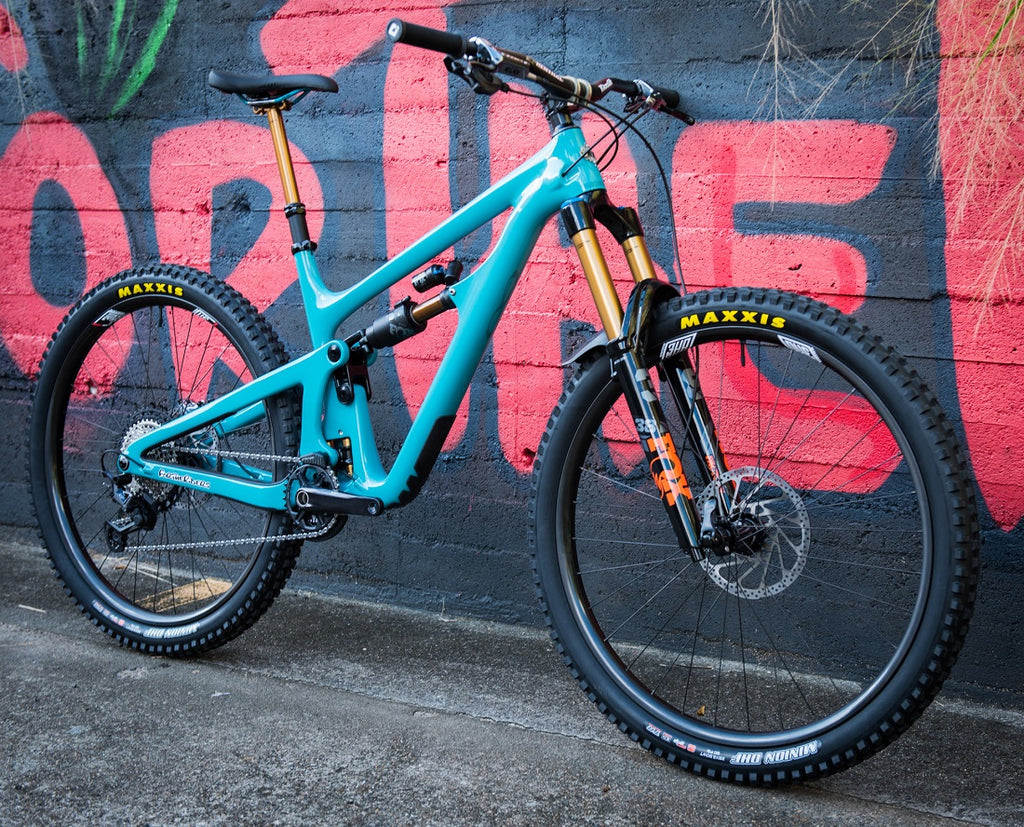 Custom mountain bike build For The Riders Brisbane MTB shop