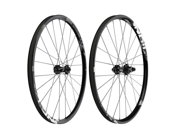 SRAM Rail 40 Alloy Front Wheel For The Riders