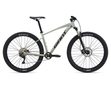 Load image into Gallery viewer, Buy 21 Giant Talon 1 Bike Giant Bikes Brisbane For The Riders MTB store