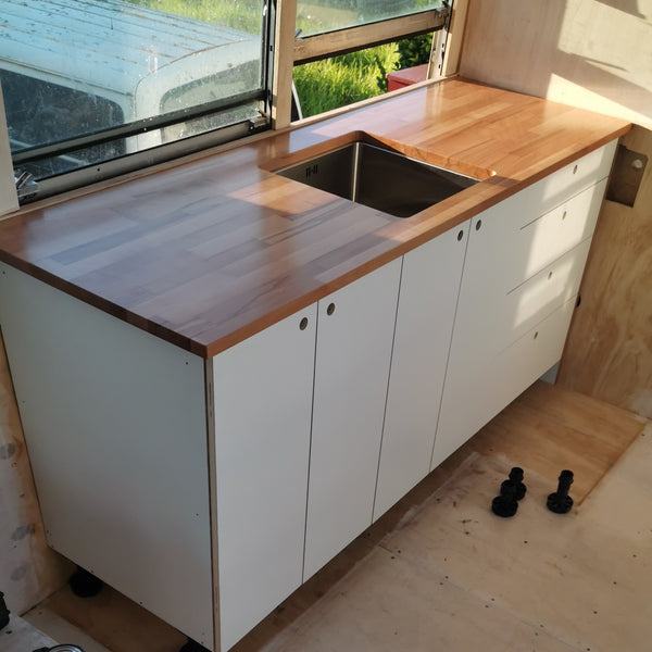 Small Kitchen for Tiny Houses, Buses and Small Spaces - variantspaces.com