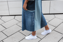 Load image into Gallery viewer, The Denim coat