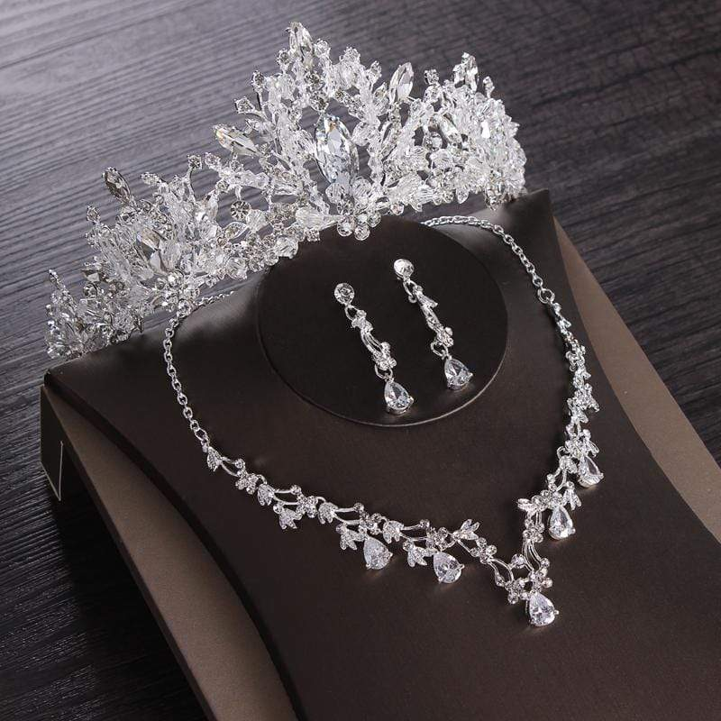 Luxurious Cubic Zirconia Tiara, Necklace and Earring Set - 3DVanity.com