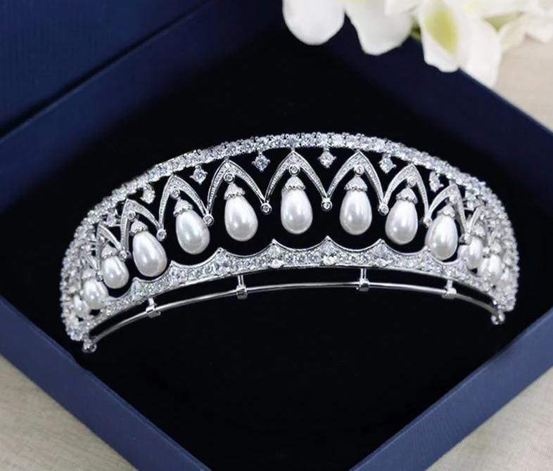 Luxurious Empress Tiara with Pearls and Cubic Zirconia - 3DVanity.com