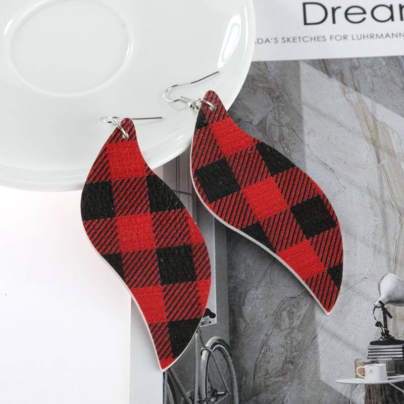 Leather Buffalo Plaid Leaf Christmas Earring