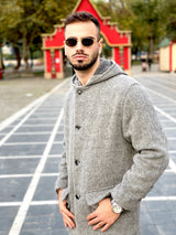 Vintage style grey button up coat for men