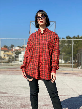 Mrs. Timeless Vintage Shirt (Red)