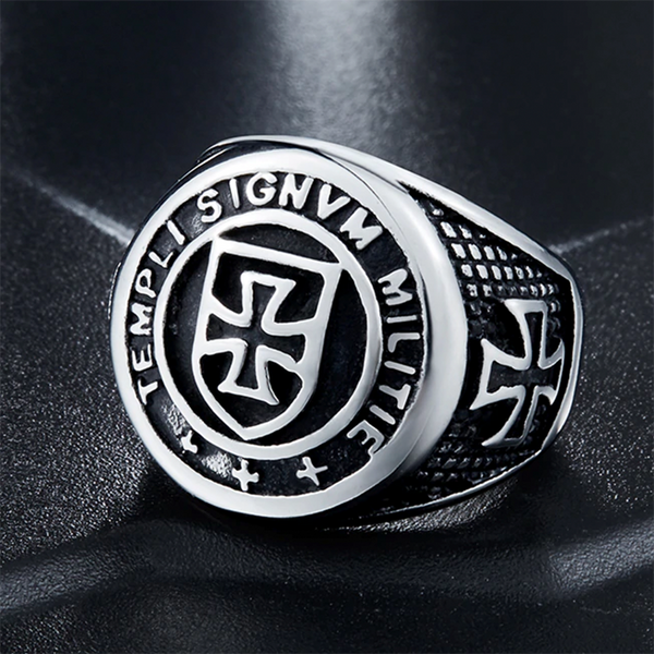 Cross Knight Ring Silver