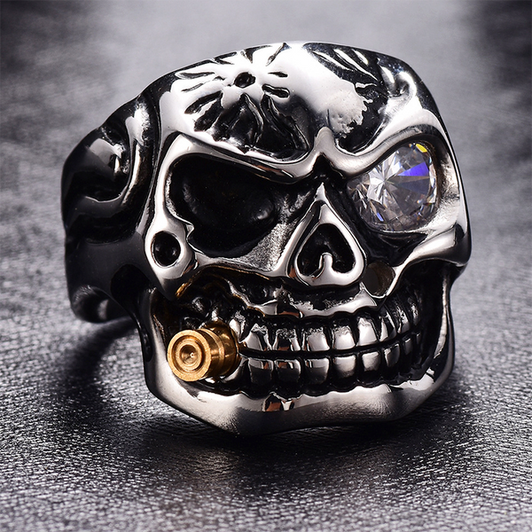 Smoking Skull Ring White