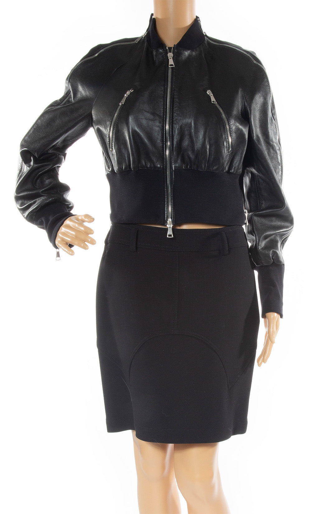 Closeup of LENA LUMELSKY Leather jacket Size: 38 FR (comparable to US 4)