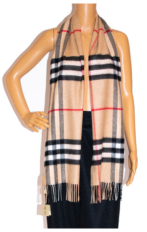 Another front view of BURBERRY w/tags Scarf