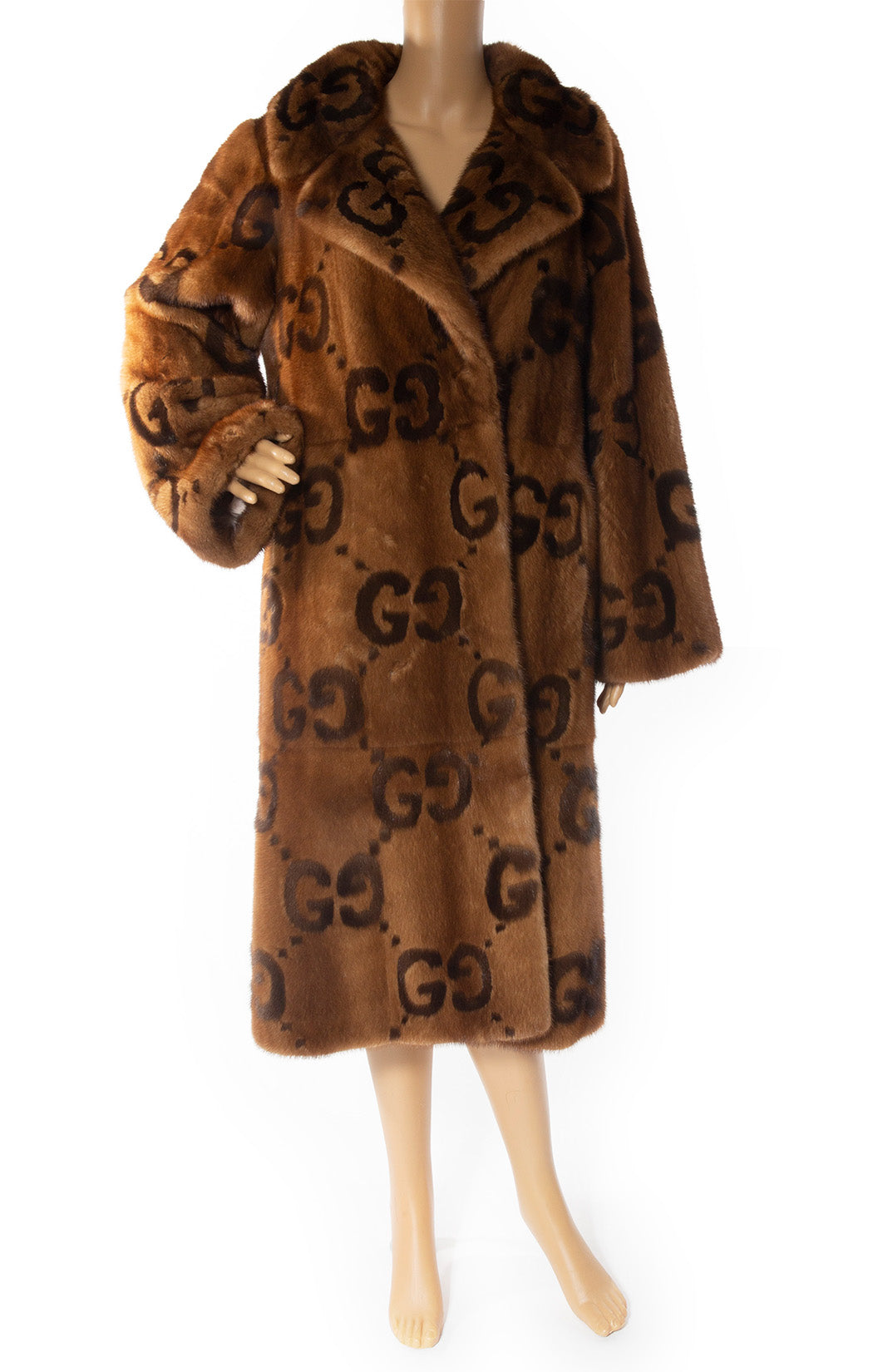 Front view of GUCCI  Mink Logo coat: Collectors item Size: 44 IT ( comparable to US 8)
