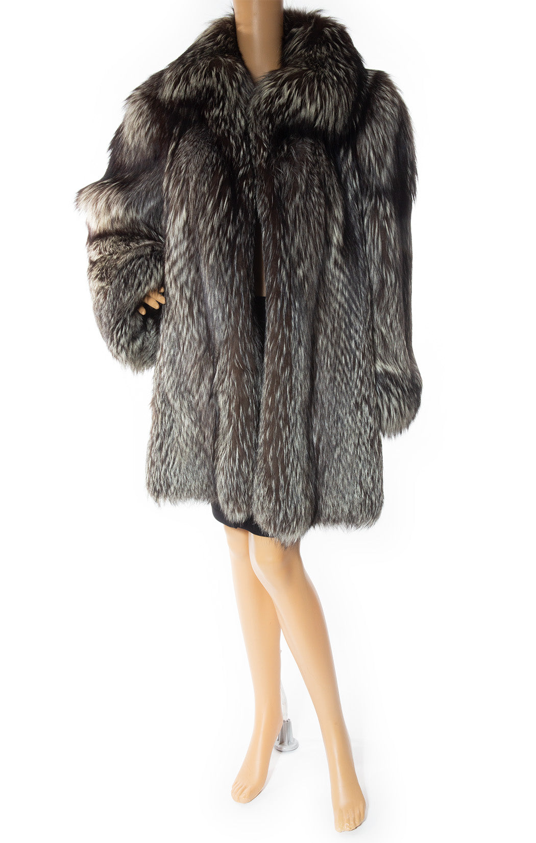 Front view of CHRISTIAN DIOR Vintage Fox fur coat Size: No tags fits like size 8
