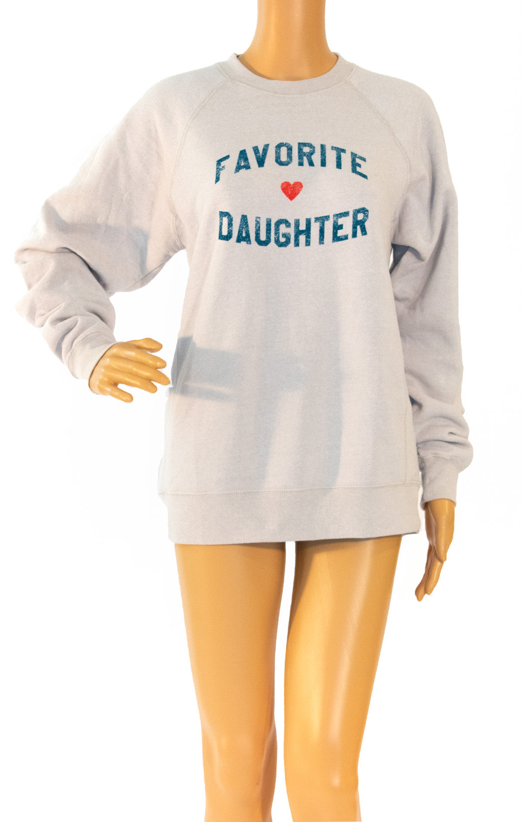 Front view of ERIN & SARA Sweatshirt Size: Small