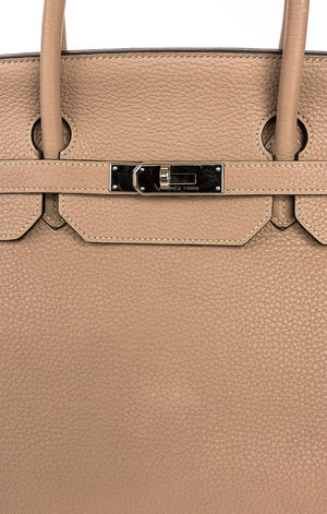 Closeup of HERMES BIRKIN 40 Handbag