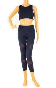 Front view of Adidas w/tags Bra and leggings set Size: Medium