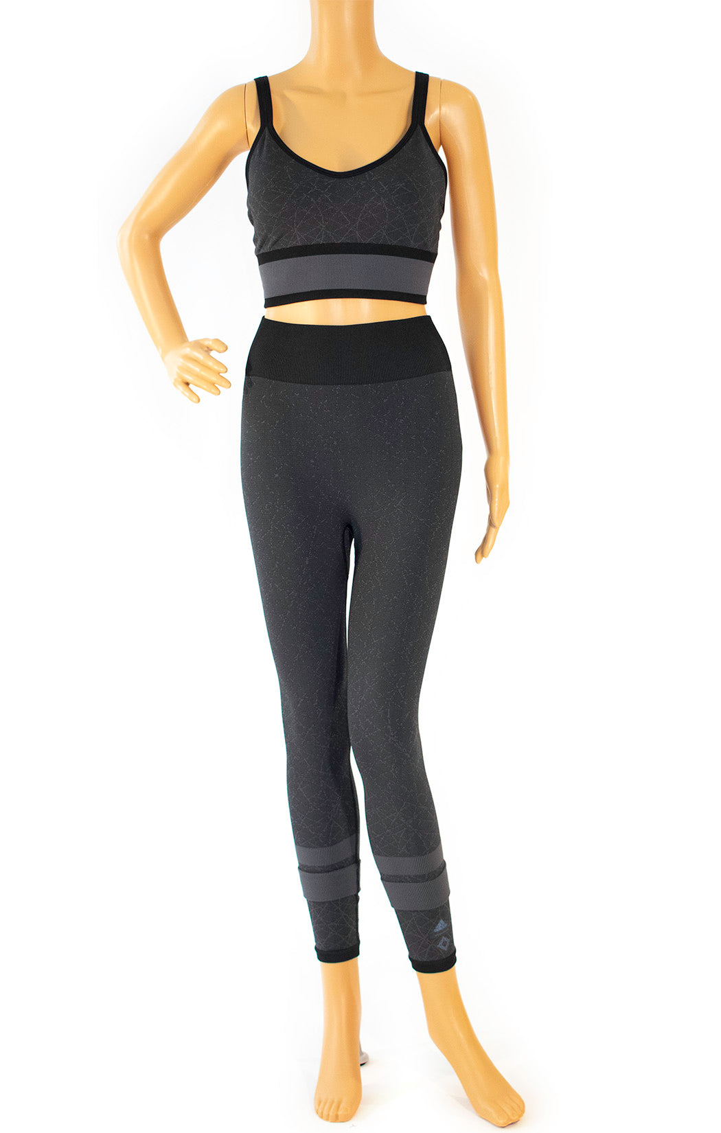 Front view of ADIDAS w/tags Bra and leggings Size: Medium
