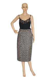 Front view of MAX MARA Leopard Skirt with Tags Size: US 10