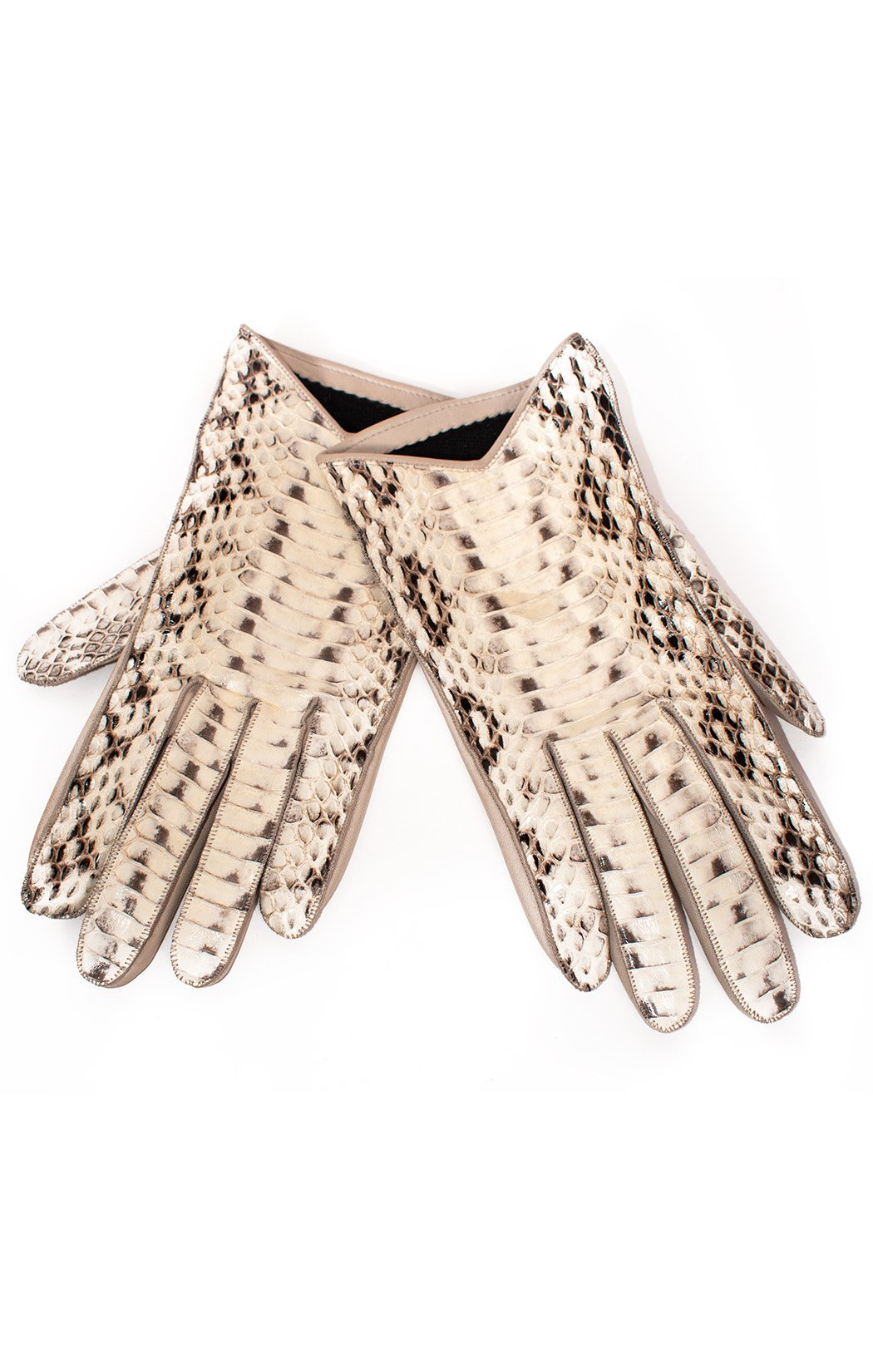 Front view of BURBERRY Gloves Size: 7.5