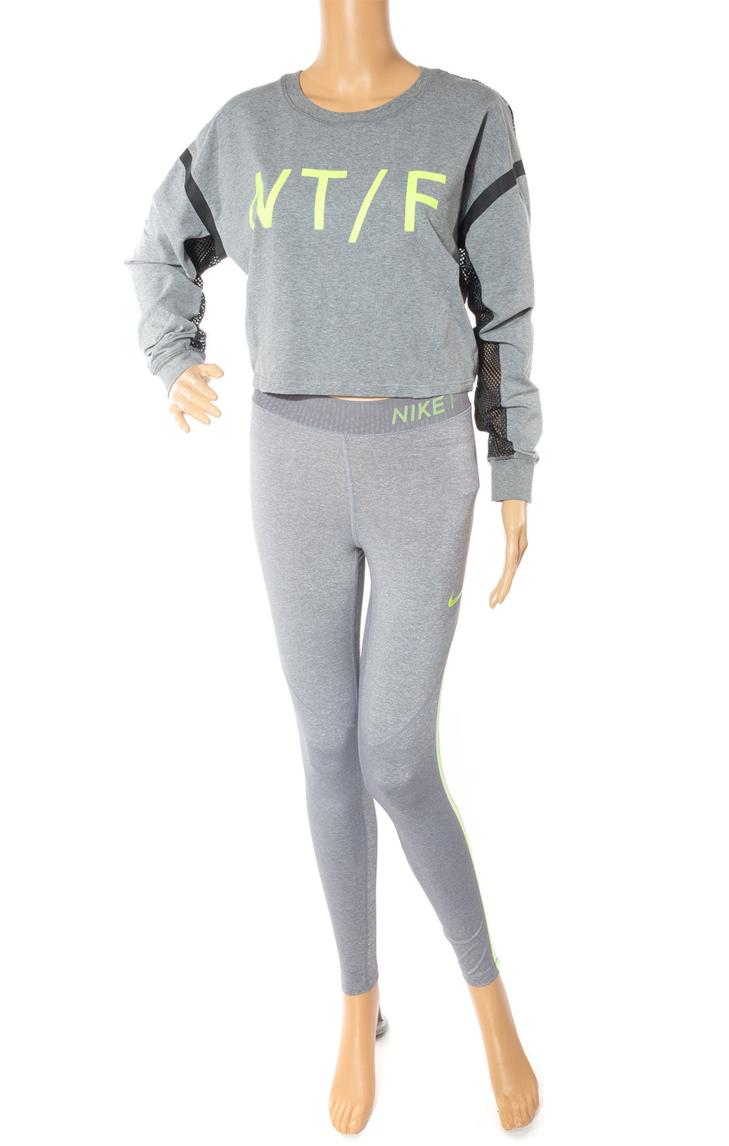 Front view of NIKE w/tags Top and matching leggings Size: Small