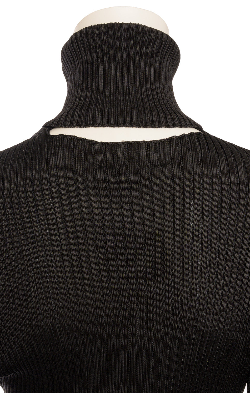 Cloesup view of BOTTEGA VENETA with tags Sweater Size: IT 42 (comparable to US 6)