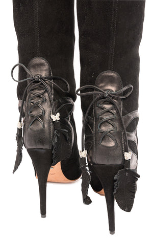 Closup view  of ARUNA SETH  Boots Size: 39/9
