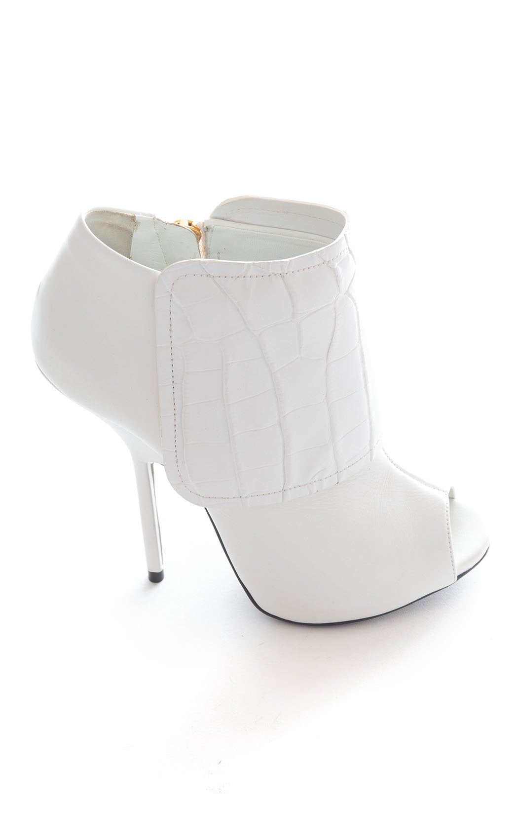 Side view of GUISEPPE ZANOTTI Ankle boot