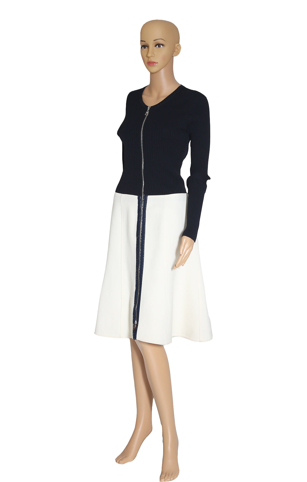 Front view of LOUIS VUITTON Black and Ivory Dress Size: FR 40 (US 8)