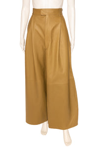 BOTTEGA VENETA Pants Size: FR 38 (comparable to US 4-6)
