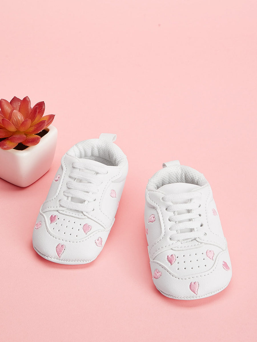 Baby Heart Embroidery Sneakers - QAS KIDS TORE