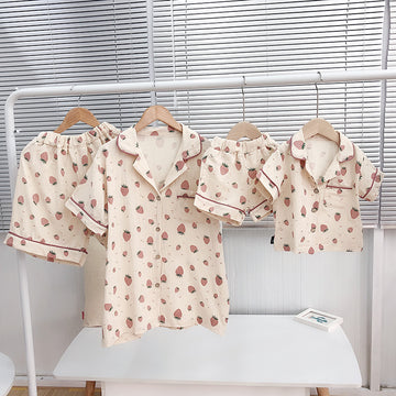 Matching Family Outfits Fashion Strawberry Print Pajamas Sets Mom and Daughter Son Sleepwear Shirts Shorts 2pcs Family Look 2019 - QAS KID STORE