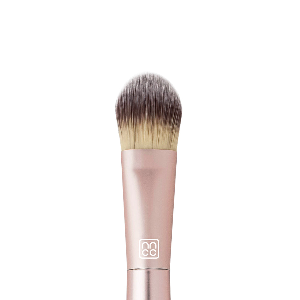 AirFair Liquid Foundation Brush #904 Flat Tapered Tip Synthetic Fiber