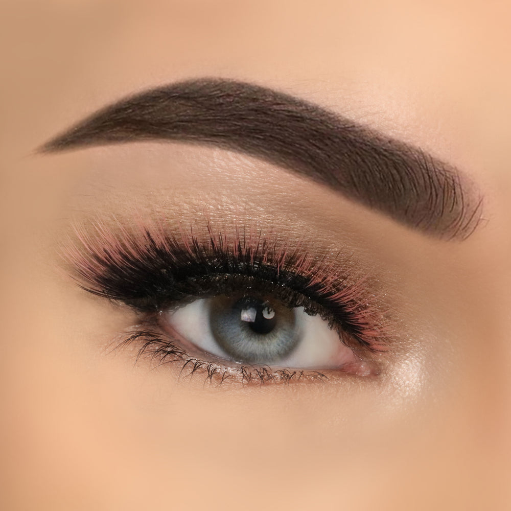 Extreme Lashes – Leah (Orange 3D)