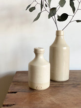Load image into Gallery viewer, two toned stoneware pottery with stopper