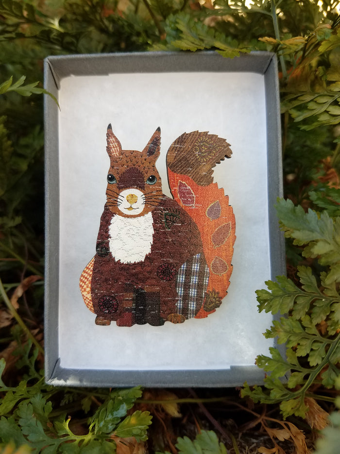SQUIRREL WOODEN BROOCH