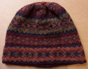 OLD SHETLAND BEANIE HAT - WINE & GINGER by Heather Knits