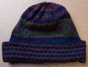 OLD SHETLAND TURN UP HAT - NAVY/GREEN  by HEATHER KNITS